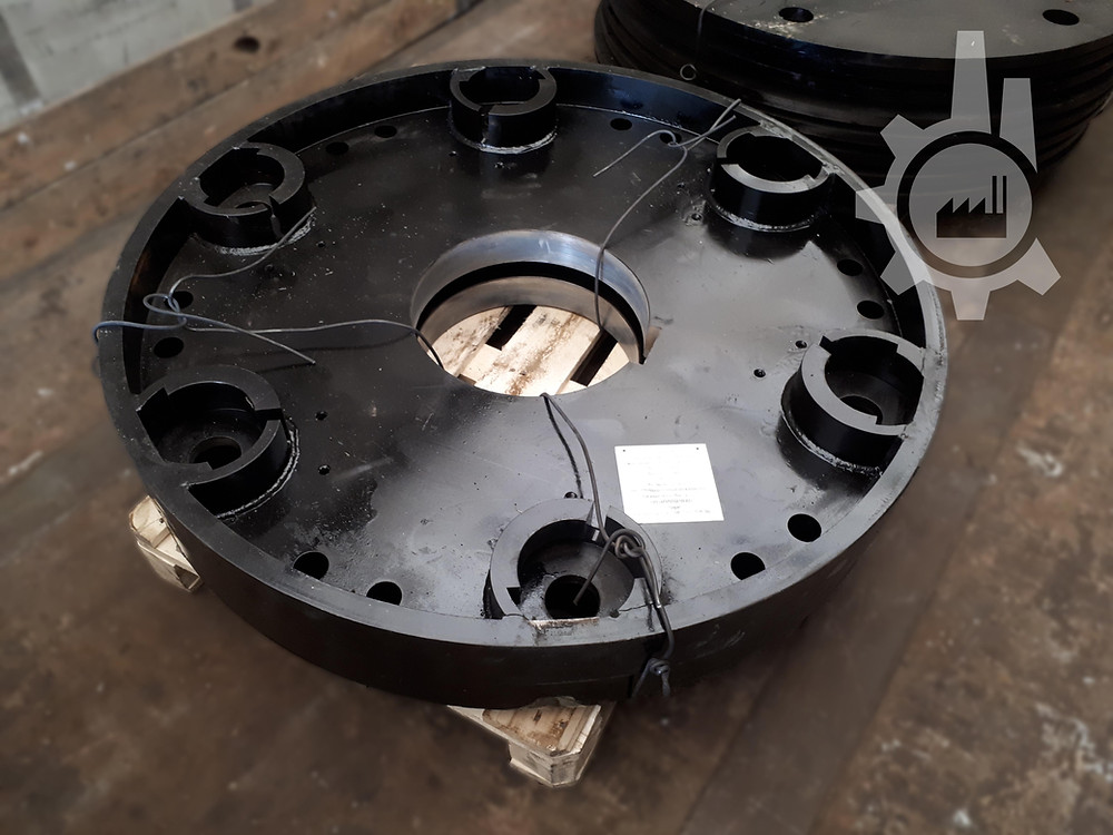 Диск крайний ротора молотковой дробилки