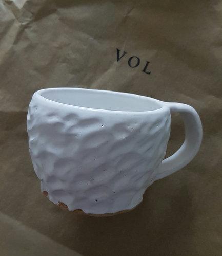 White wethered mug