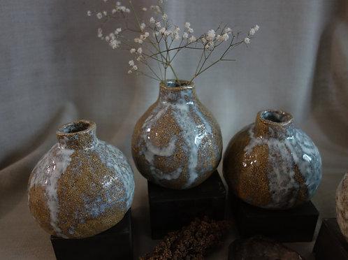 Sandstorm bud vase