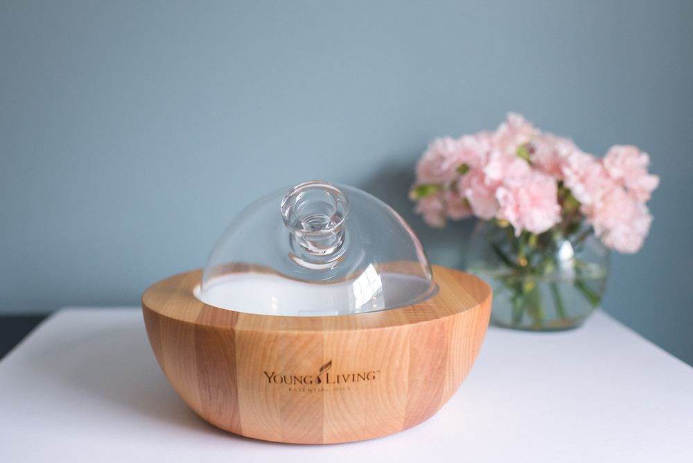 aria diffuser, aria ultrasonic diffuser, essential oil diffuser, wood glass diffuser, young living, young living essential oils