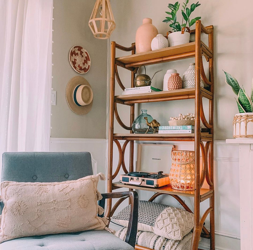 boho style, boho farmhouse, macrame, hanging baskets, living room, style, design, personal style, home, hobby lobby, retro, fiddle leaf, macrame pillows, midcentury modern, basket, diffuser, diffuser decor, diffuser basket, record player, vase, hanging pendant