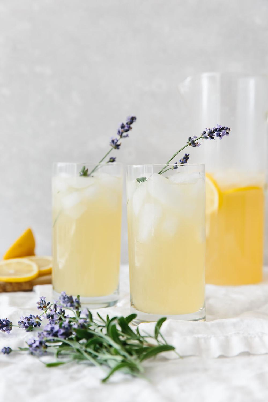 Homemade Lavender Lemonade Young Living Farm Day