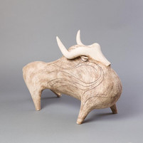 Athena Jahantigh, Grand taureau blanc
