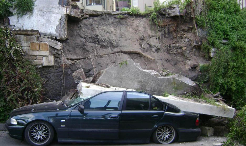 %237%20-%20Collapsed%20Retaining%20Wall%