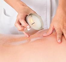 masaža z masažno svečo.webp