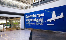 Portaria 648/20 Dispõe sobre a restrição excepcional e temporária de entrada no País de estrangeiro