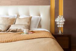 Спальная, легкая классика