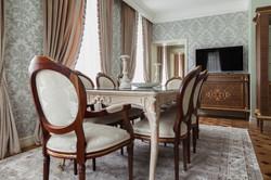 Столовая, классика. Мебель Италия