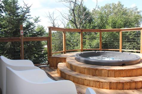Bella Vista Hottub Deck