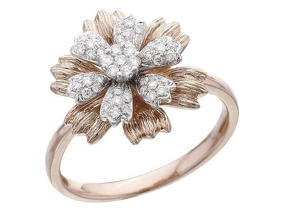 Кольцо в виде цветка с бриллиантами