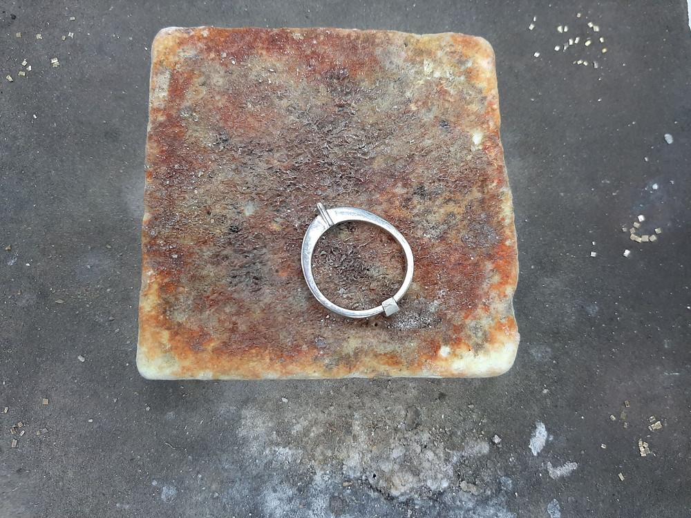 Кольцо со вставкой для увеличения размера