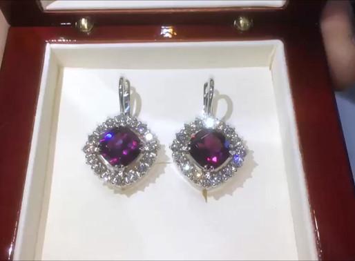 Серьги с пурпурными родолитами и бриллиантами