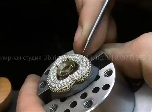 Закрепка бриллиантов под микроскопом