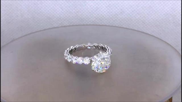 Кольцо альянс с крупным бриллиантом