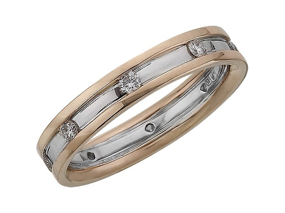 Обручальное кольцо с камнями по кругу