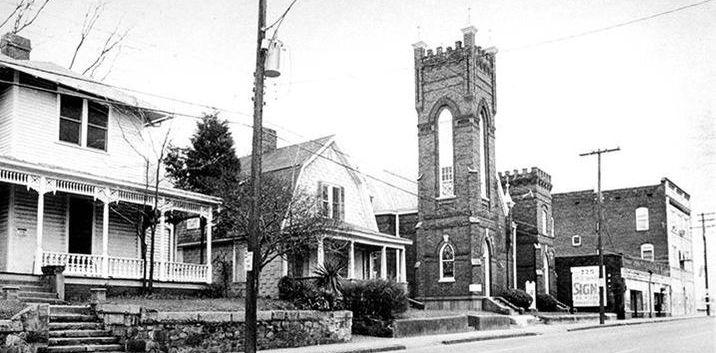 Church in Brooklyn.jpe