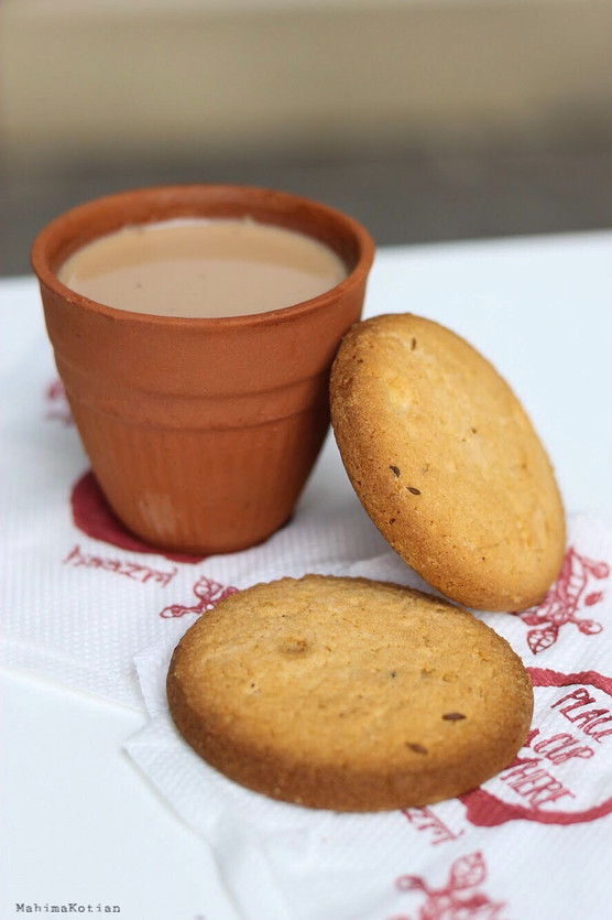 Haazri - Chai and Biscuit