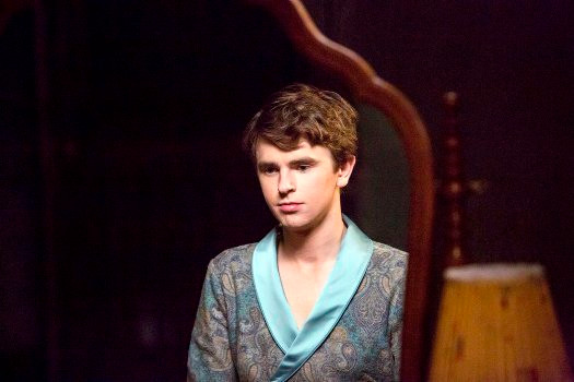 "BATES MOTEL -- ""A Danger to Himself and Others"" Episode 401 -- Pictured: Freddie Highmore as Norman Bates -- (Photo by: Bettina Strauss/Universal Television)"