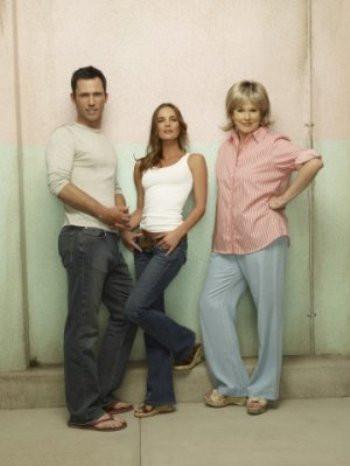 "Jeffrey Donovan, Gabrielle Anwar and Sharon Gless in ""Burn Notice."""