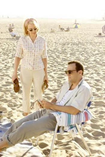 "Gail O'Grady and Tom Verica star in ""American Dreams."""
