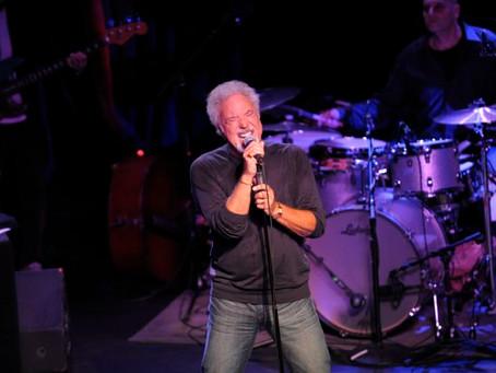 Tom Jones (A PopEntertainment.com Concert Review)