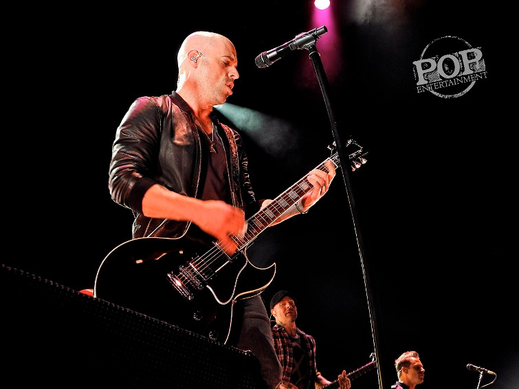 Daughtry - Susquehanna Bank Center - Camden, NJ - August 17, 2014 Photo by Ally Abramson © 2014