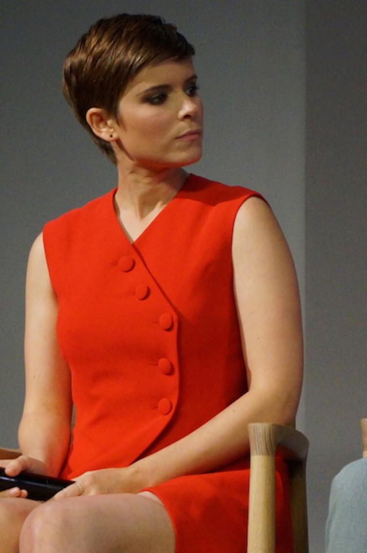 Kate Mara discussing Fantastic Four at the Manhattan Apple Store.