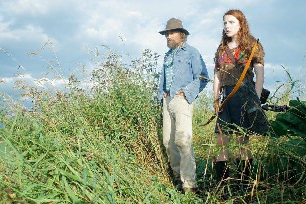 "Viggo Mortensen and Samantha Isler in ""Captain Fantastic."""