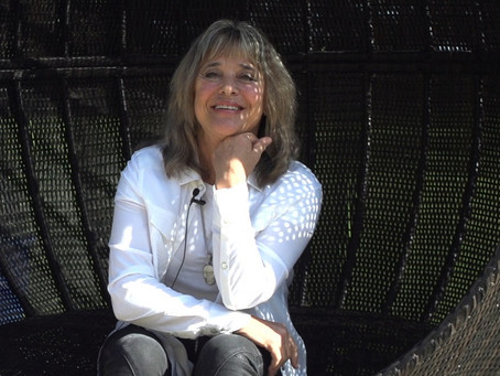 Suzi Quatro – Looking at a Rock 'n' Roll Life with Little Suzi from Detroit