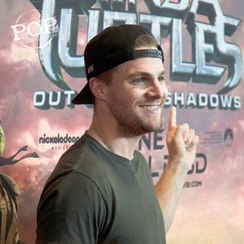 """Stephen Amell at the Philadelphia premiere of """"Teenage Mutant Ninja Turtles: Out of the Shadows"""" Photo by Nick Bergmann."""