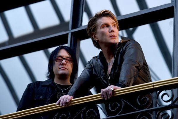 Goo Goo Dolls - Robby Takac and Johnny Rzeznik