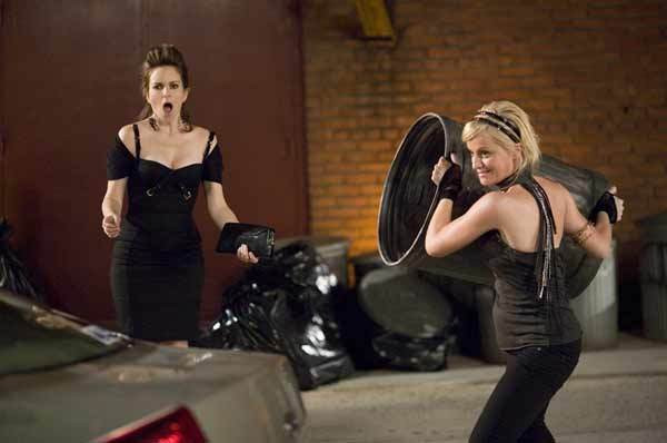 """Tina Fey and Amy Poehler in """"Baby Mama."""""""