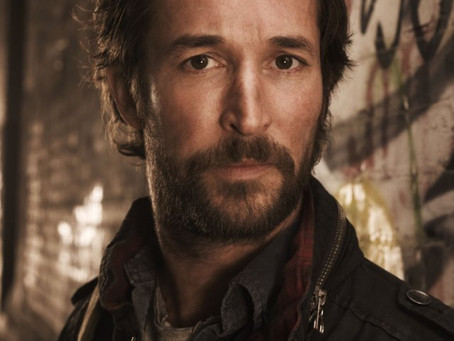 Noah Wyle Looks Up In the Falling Skies