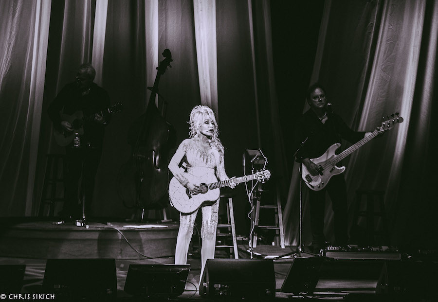 Dolly Parton – The Mann Center for the Performing Arts – Philadelphia, PA – June 15, 2016 - Photo by Chris Sikich © 2016