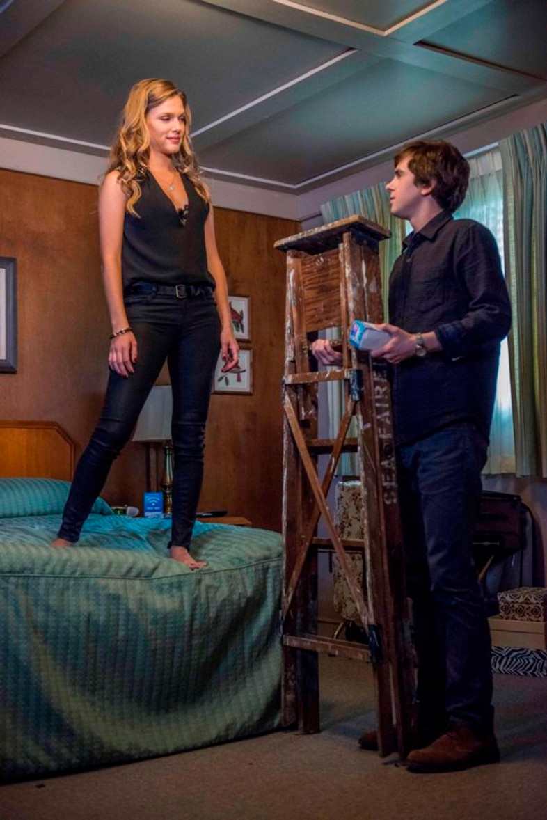 Freddie Highmore & Tracy Spiridakos star in Bates Motel