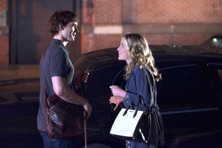 Christopher Gorham and Piper Perabo