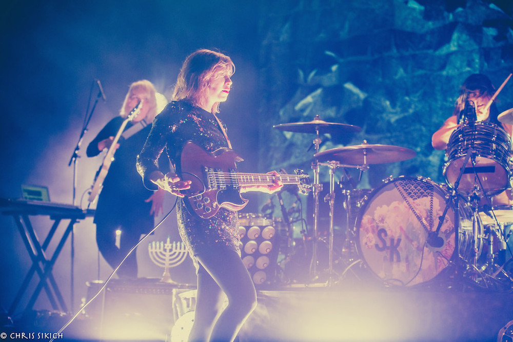 Sleater-Kinney - Kings Theatre - Brooklyn, NY - December 12, 2015 Photo by Chris Sikich © 2015