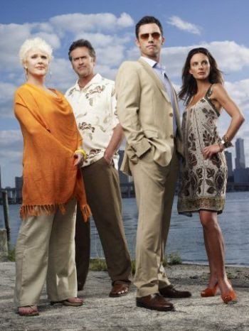 """Sharon Gless, Bruce Campbell, Jeffrey Donovan and Gabrielle Anwar in """"Burn Notice."""""""