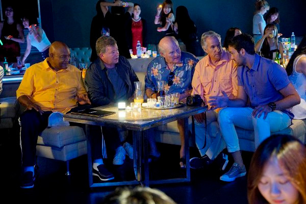 """BETTER LATE THAN NEVER -- """"Seoul"""" Episode 103 -- Pictured: (l-r) George Foreman, William Shatner, Terry Bradshaw, Henry Winkler, Jeff Dye -- (Photo by: Paul Drinkwater/NBC)"""