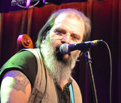 Steve Earle & the Dukes – Ardmore Music Hall – Ardmore, PA – December 5, 2017 (A PopEntertainmen