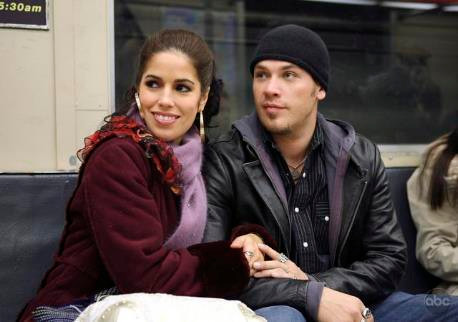 Ana Ortiz and Kevin Alejandro in UGLY BETTY.