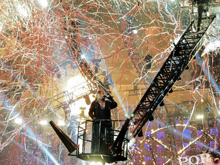 Mötley Crüe & The Struts – Staples Center – Los Angeles, CA – December 31, 2015 (A PopEntertainm
