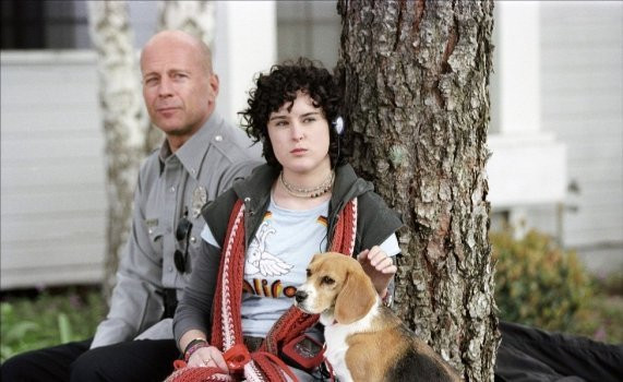 Bruce and Rumer Willis in Hostage.
