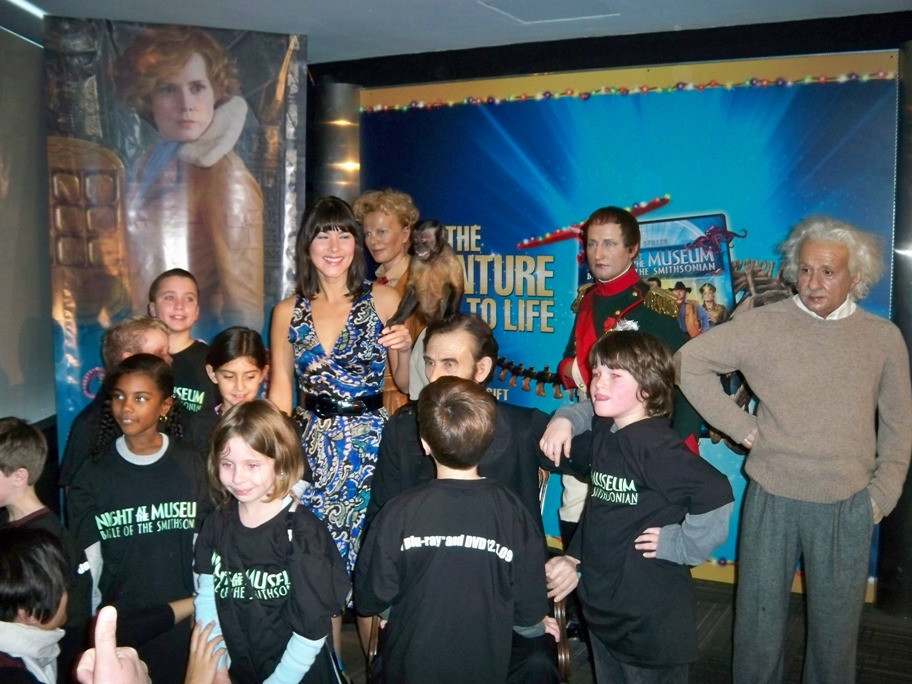 Mizuo Peck and kids at the Night at a Wax Museum on December 1, 2009 at Madame Tussaud's Wax Museum.