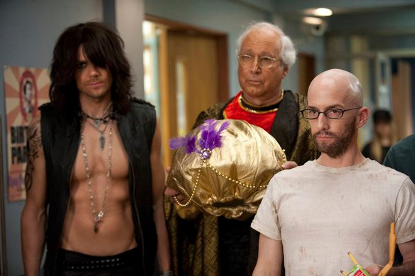 "COMMUNITY -- ""The First Chang Dynasty"" Episode 320 -- Pictured: (l-r) Joel McHale as Jeff, Chevy Chase as Pierce, Jim Rash as Dean Pelton -- (Photo by: Lewis Jacobs/NBC)"