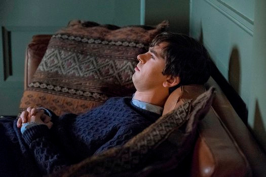 "BATES MOTEL -- ""The Vault"" Episode 406 -- Pictured: Freddie Highmore as Norman Bates -- (Photo by: Cate Cameron/Universal Television)"