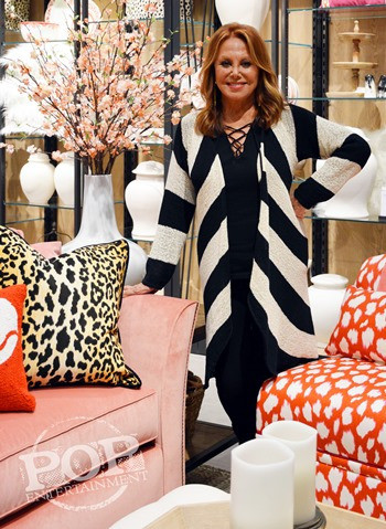 Marlo Thomas at the preview fashion show of her new That Woman clothing line in King of Prussia, PA.