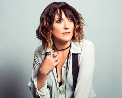 Jen Kirkman – Living in a Material World