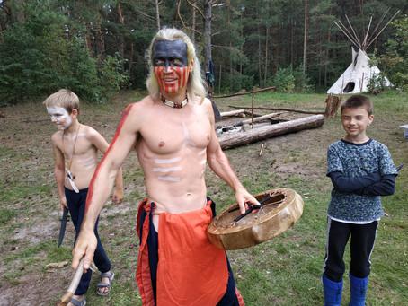 Жизнь в индейском лагере