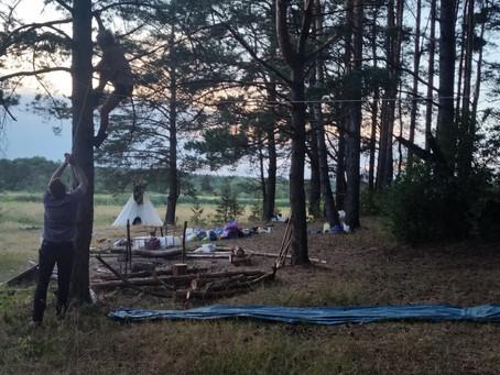 Лагерь индейцев ждет поселенцев!
